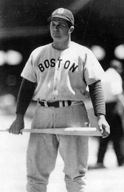 Was a star outfielder first for Brighton Mills in Shannon and then led Tubize (Celenese) to the league championship in 1939.