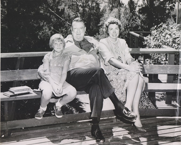 shown with her daughter Valerie McIntosh (left), enjoyed a relaxed friendship with Dodgers owner Walter O'Malley.